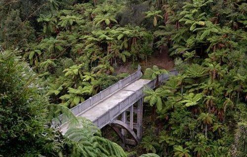 bridgetonowhere-600x318
